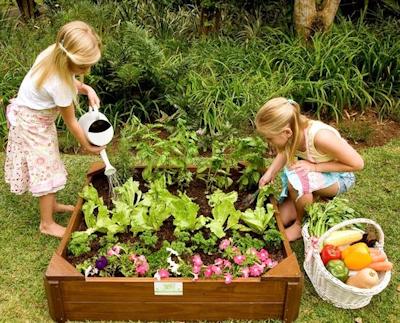 Eating fresh food grown in your gardren